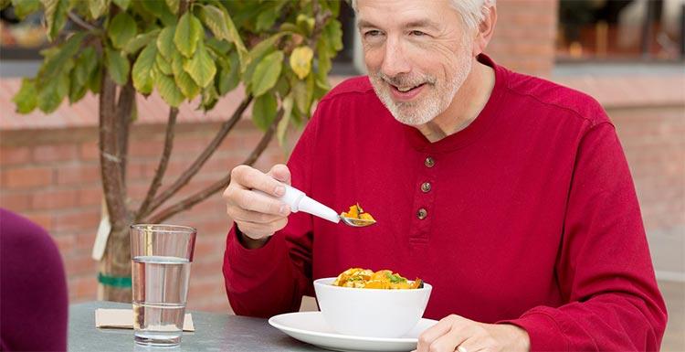 Parkinson Hastalarına Özel Kaşık ve Çatallar